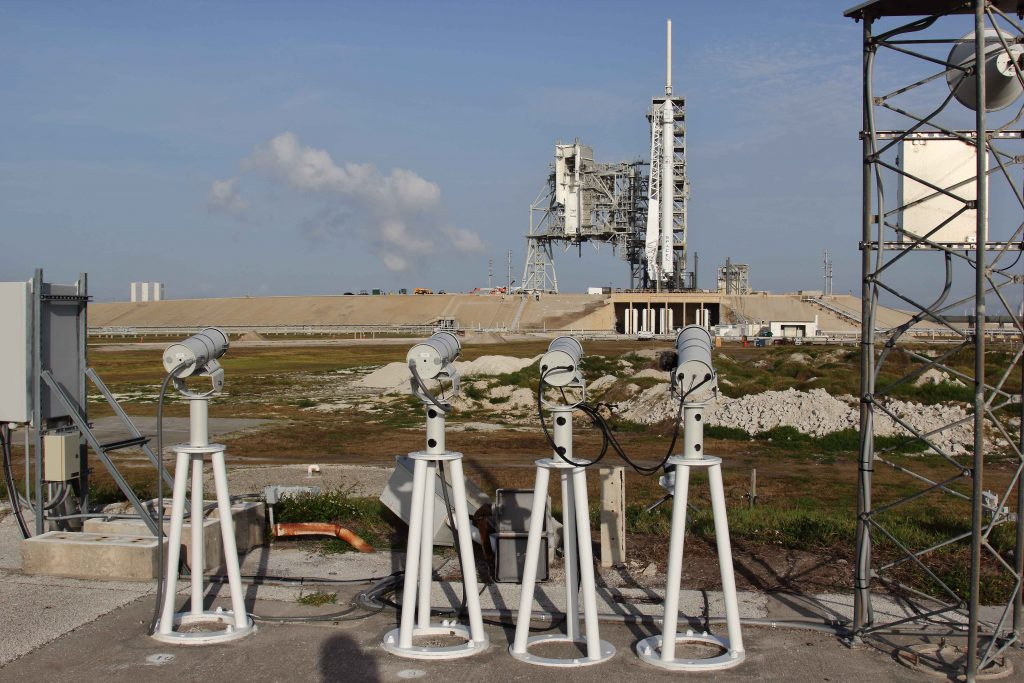 Report from Rob van Mackelenbergh @ KSC / SpaceX Launch pad